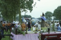 Ds.Minnemawei - opstellen feestwagens 1980